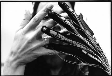 Контроллер Lady's Glove by Laetitia Sonami
