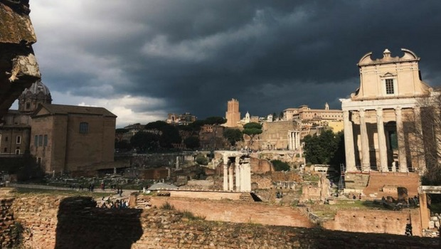 A shot of the Roman Forum in Italy during my solo visit.