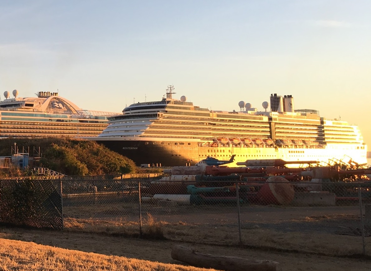 Cruise ship parking lot