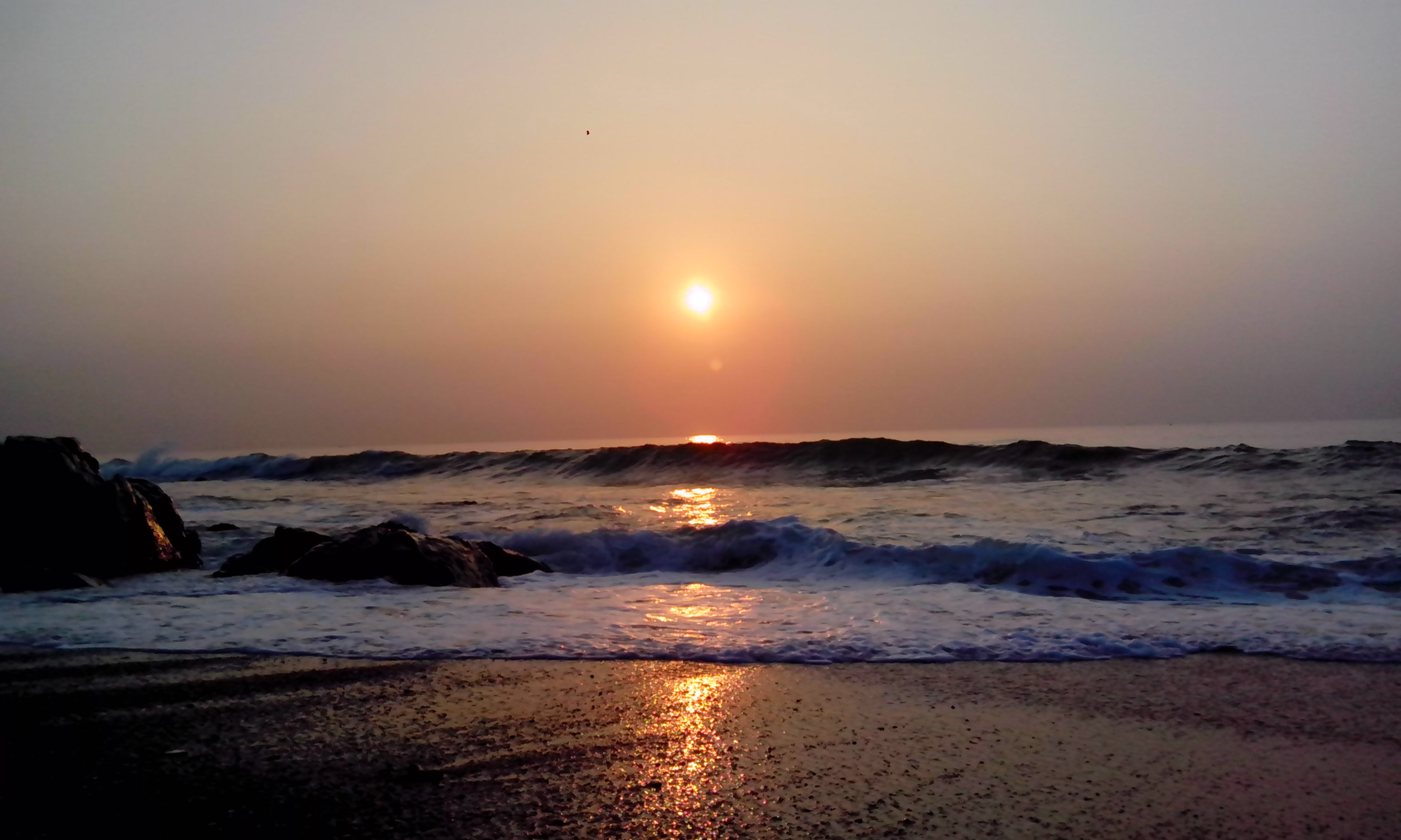 sunrise_over_bay_of_bengal_at_rk_beach_011