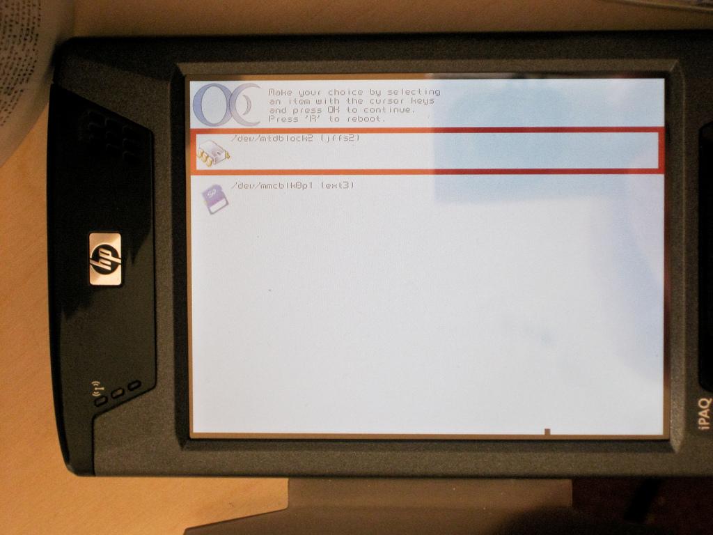 kexecboot v0.4 on HP iPAQ hx4700